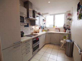 Tradewinds - Wards Wharf Approach, Docklands, E16 , 1455619647Kitchen.jpg