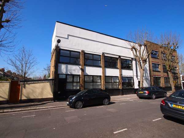 Property for let in Cann Hall Road, Leyton, E11  | 1492004444Terrace_2.jpg