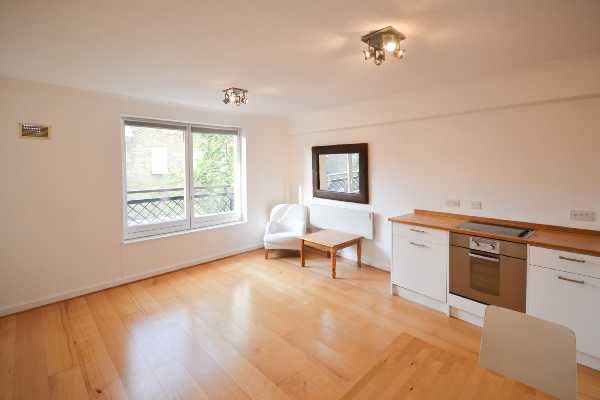 Property for let in Waterloo Gardens, Milner Square, Islington, N1  | 3039_0_DSC_0277_1.jpg