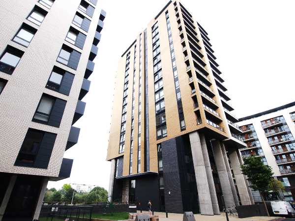 Property for let in Cadmium Square, Bethnal Green, E2  | 1500472464balcony.jpg