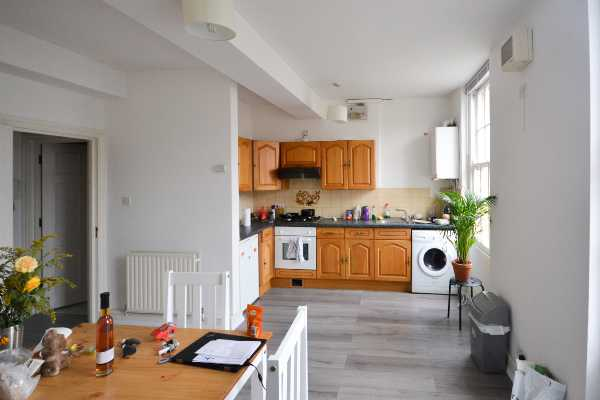 Property for let in Upper Street, Islington, N1  | 3211_0_DSC_0001_1.jpg