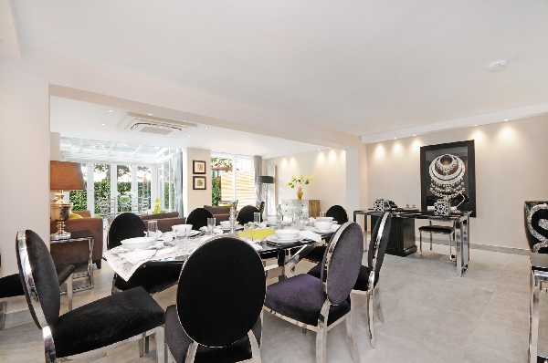 Property for let in St Johns Wood Park, St Johns Wood, NW8  | 15149994981_CC_dining_area_and_reception.jpg