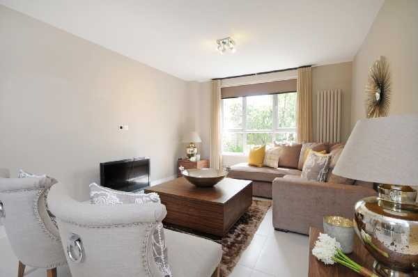 Property for let in St. Johns Wood Park, St Johns Wood, NW8  | 3771_0_5A_reception_01.jpg