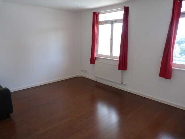 Property for let in Treadway Street, London, Bethnal Green, E2  | 4282_0_012.JPG