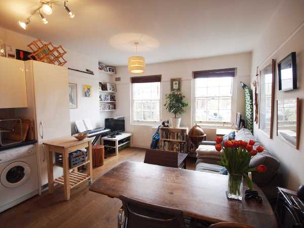 Property for let in Kingsland Road, Hackney, E8  | 4367_0_Lounge.JPG