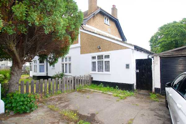 Property for let in Nelmes Road, Essex, RM1  | 4394_0_DSC_0097.jpg