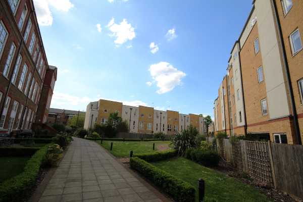 Property for sale in Enfield Road, London, Haggerston, N1  | 4432_0_IMG_1296.JPG