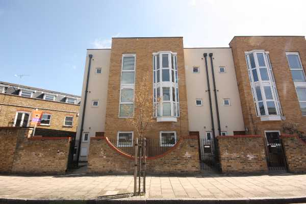 Property for sale in Hertford Road, London, Haggerston, N1  | 4435_0_IMG_7253.JPG
