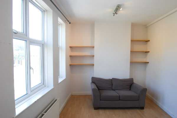 Property for let in Barking Road, East London, E16  | 4731_0_DSC_0059.jpg