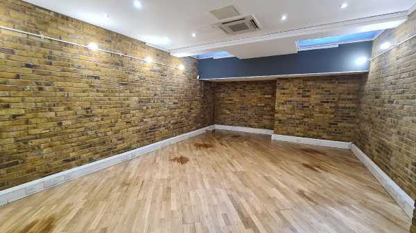 Commercial properties in Great Eastern Street, London, Shoreditch, EC2 , 160570513820201117_131040.jpg