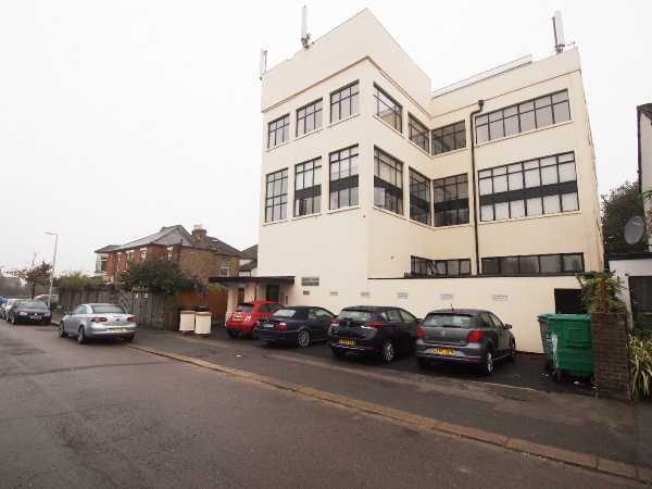 Property for let in Carnarvon Road, East London, E18  | 4952_0_External.jpg