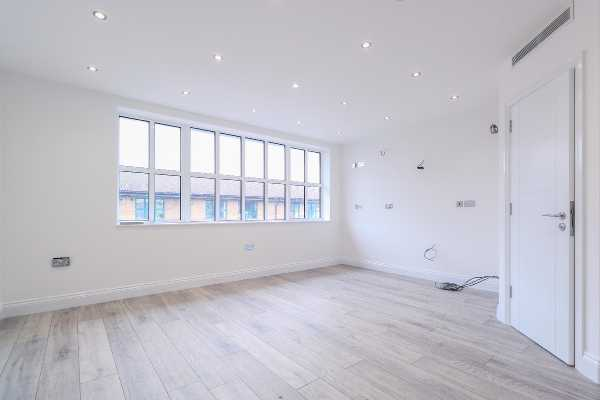 Property for let in Iron Bridge Close, North West London, NW1  | 4994_0_IMG_2216.jpg