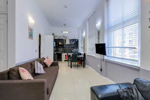 Property for let in Commercial Street, London, Aldgate, E1  | 5122_0_img_7395-img_7397.jpg